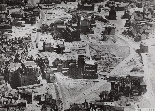 Het centrum van Nijmegen, enige tijd na het verwoestende bombardement op 22 februari 1944