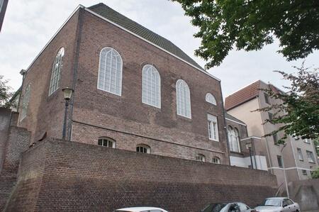 Achterzijde synagoge Nonnenstraat